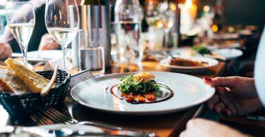 HOW FANCY RESTAURANTS SERVE FOOD