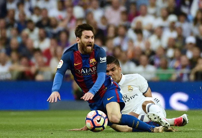 Messi slide Casemiro